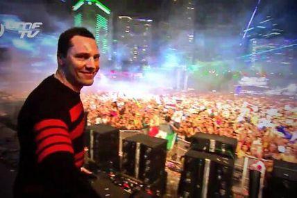 Tiësto tracklist and mp3: Ultra Music Festival - Miami, FL 28 march 2014
