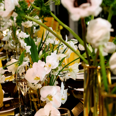 Refer to the wedding decoration styles at the restaurant