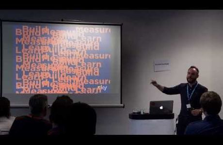 Chris talks The Fundamentals of Mobile UX