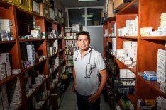 Un médecin grec raconte : «Celui qui n'a pas d'argent meurt» (Der Tagespiegel)