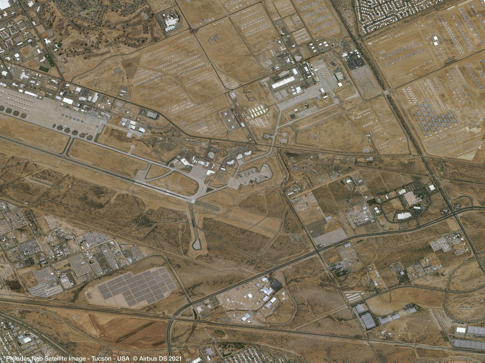 Pléiades Neo - Pleiades Neo 3 - Tucson - Pima Air and Space Museum - Cimetière d'avion - Davis Monthan Airforce Base - 309th ARMARG - Aircraft boneyard - graveyard - Satellite - Earth observation - Intelligence - GEOINT - Very high resolution - Airbus Defence and Space