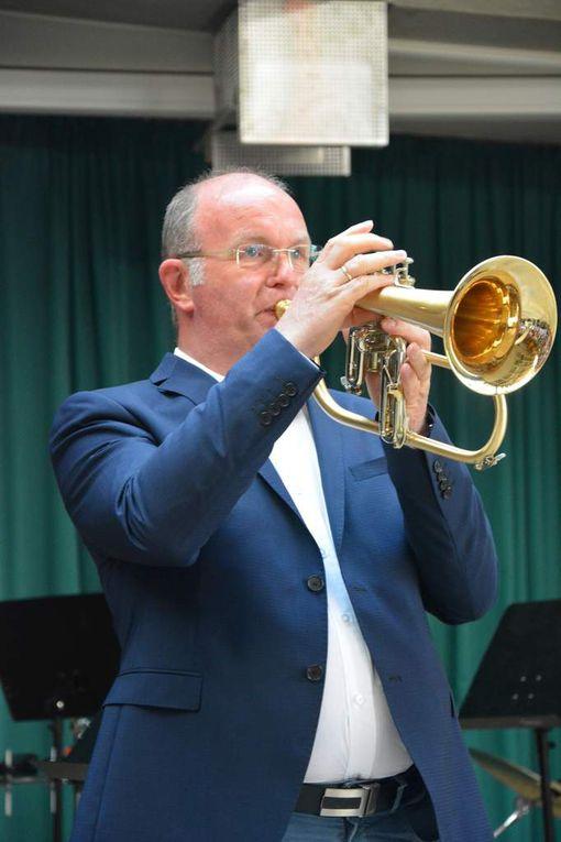 """Das voluminös interpretierte """"Lullaby of Birdland"""", gespielt von Rainer Nöth auf dem Flügelhorn und Klavier, Ulrike Jira,  begeisterte wohl jeden Jazzfan."""