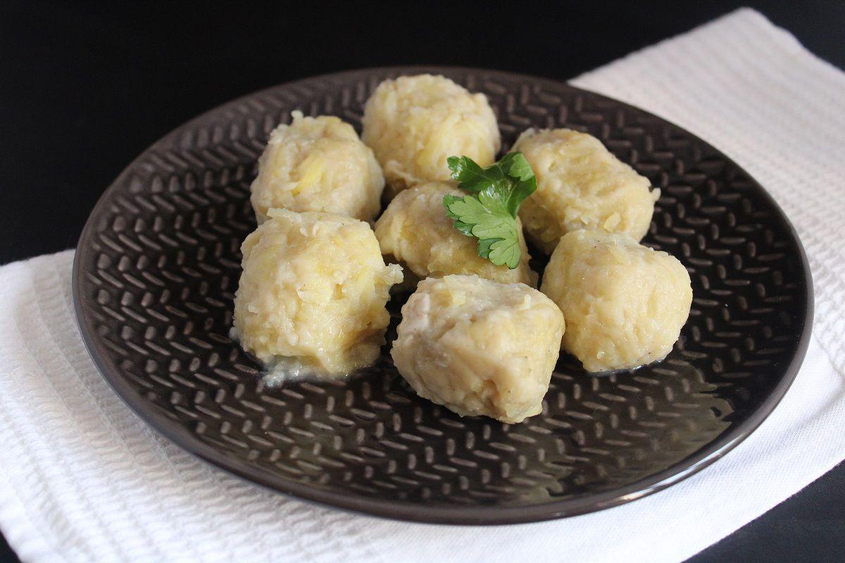 Kartoffelknödel, boulettes ou quenelles de pommes de terre