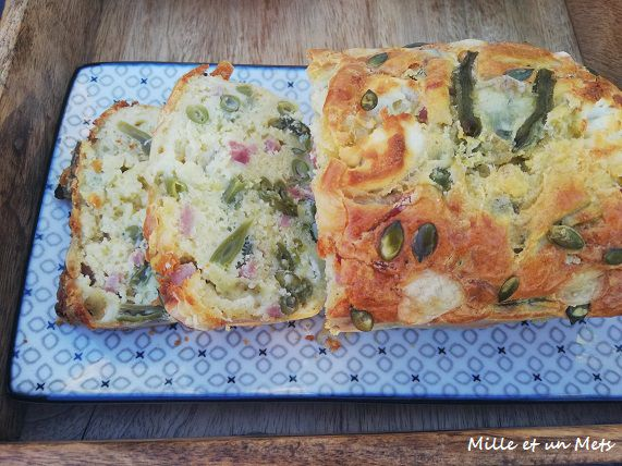Cake au jambon cuit, haricots verts, ail & fromages