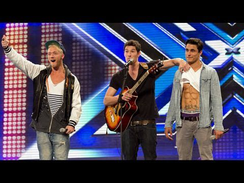 X Factor UK: le trio Times Red revisite Rehab d'Amy Winehouse.