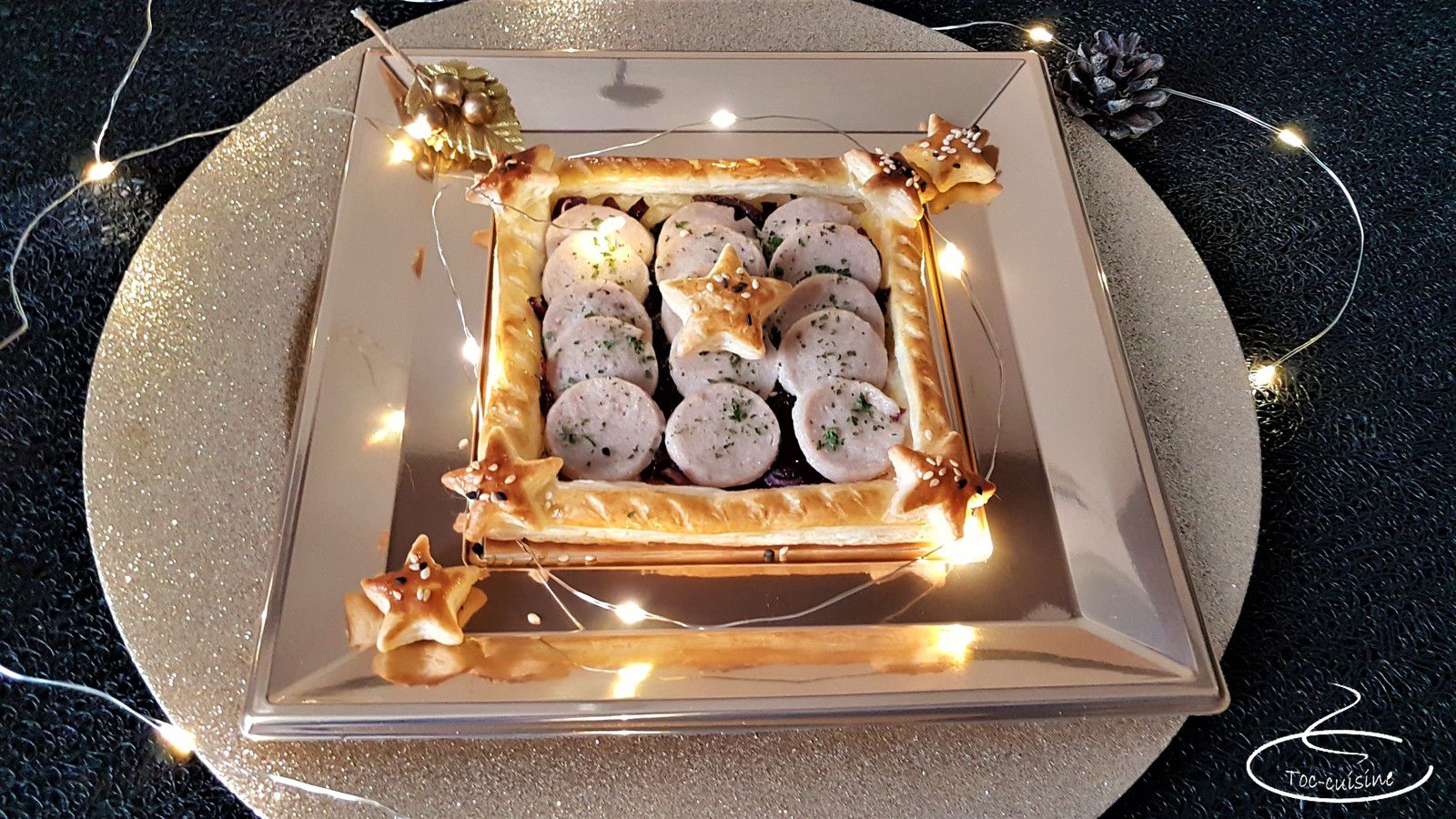 spécial fêtes de fin d'année n°4 : tarte au boudin blanc au porto sur lit de confit d'oignons rouges