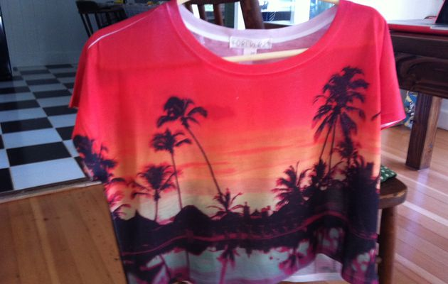 palms tree on a tee shirt