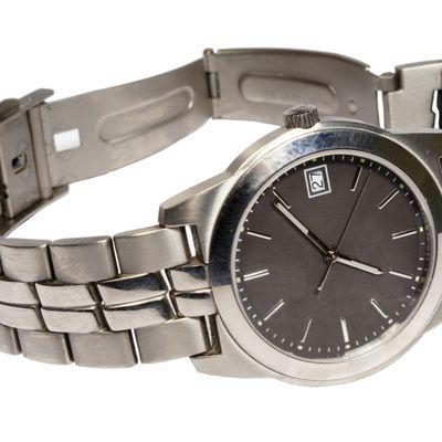 Où acheter les plus belles montres de luxe pour homme à prix discount?