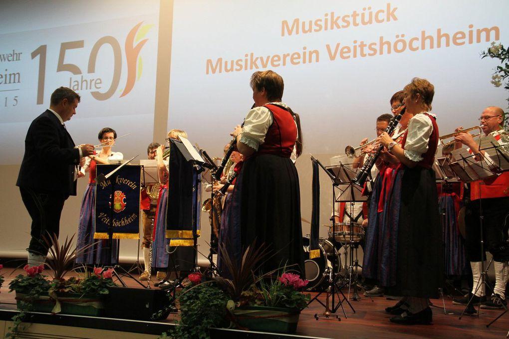 Für stimmungsvolle Unterhaltung sorgten zwischen den 15, von Karen Heußner exzellent moderierten Programmpunkten der Musikverein