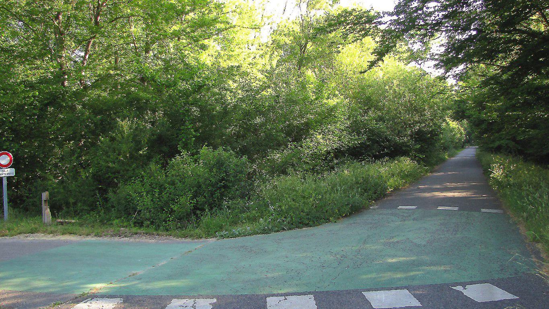 carrefour_Avenue de l'Armistice_Route du Maréchal Joffre