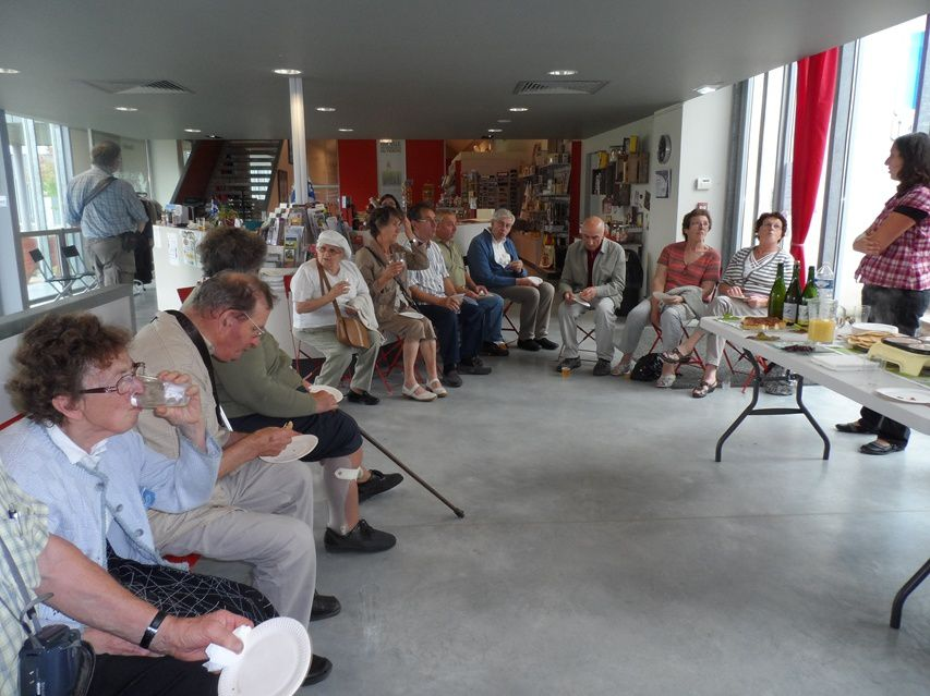 Journée d'amitié 2013 repas Hôtel de la poste Le mêle sur sarthe et Les Muséales Tourouvre