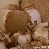 Quill Cottage: FREE AUTUMNAL DECOR TUTORIALS: Fabric Pumpkins, Place Card Holders, Fabric Acorns, and Paper Skeleton Leaves