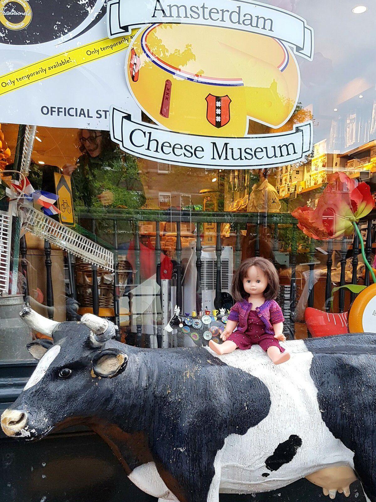 Emilie-Lise au Musée du Fromage Amsterdam
