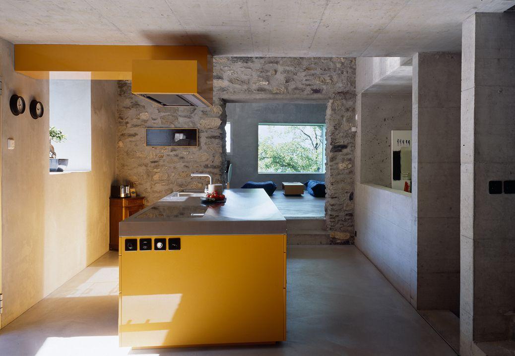 RODUIT HOUSE IN CHAMOSON, SWITZERLANDBY SAVIOZ FABRIZZI ARCHITECTES
