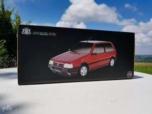 1:18 Fiat Uno Turbo i.e. Mk2, Laudoracing Models (LM104C)