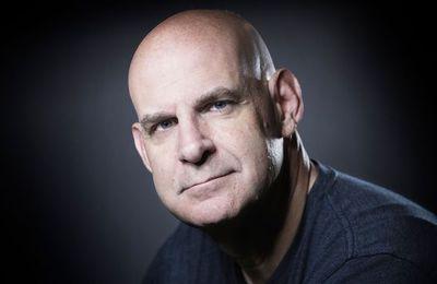 Harlan Coben signe avec Netflix pour que 14 de ses romans soient adaptés