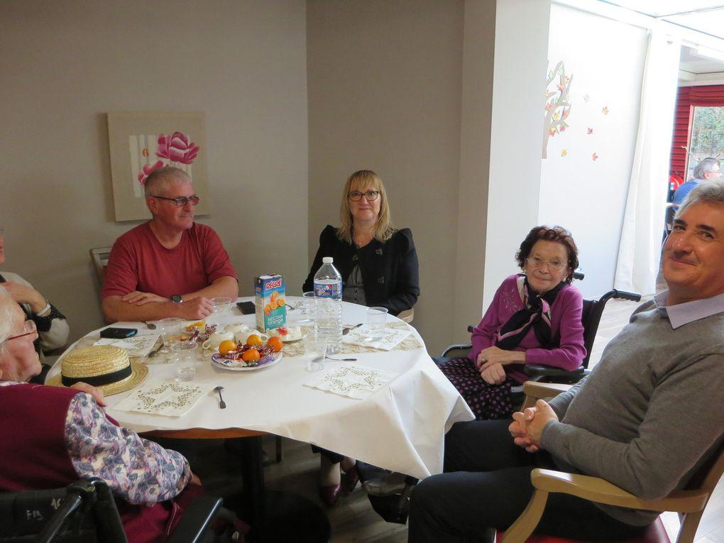 8 décembre : Goûter de Noël avec les familles...