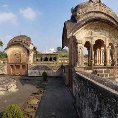 Khuldabad: The Valley of Saints in Aurangabad