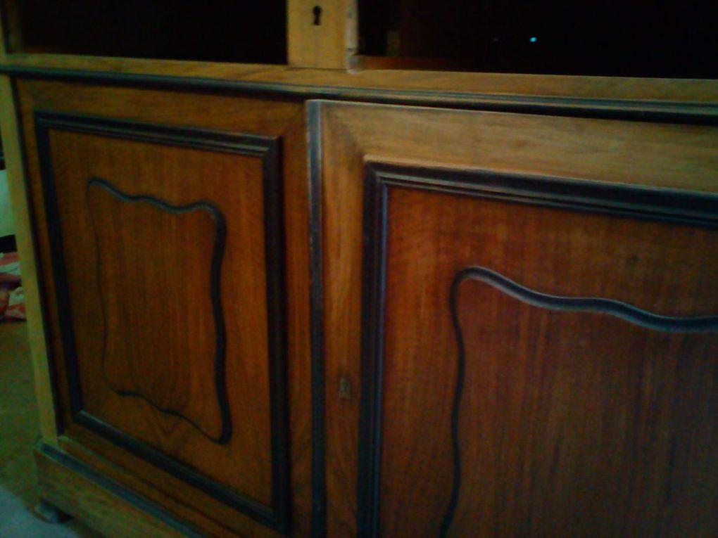 Le plus gros travail de ponçage a été pour ce meuble, un St Hubert.