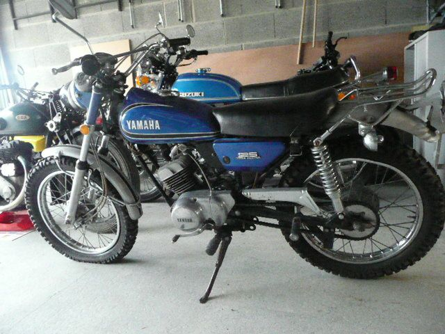 Album - Yamaha-125-At1