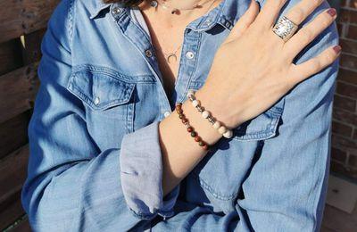 Craquages sur des bracelets de perles en pierres naturelles