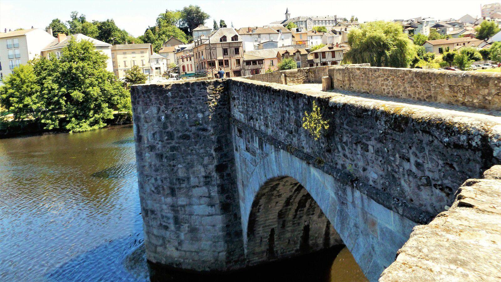 Le pont Saint-Etienne à Limoges