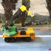 228-C CAMION SAVIEM GRUE MAJORETTE 1/132 - car-collector.net