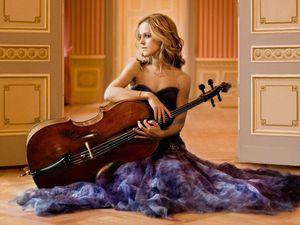 sol gabetta, une violoncelliste argentine reconnue dans le monde entier pour l'intelligence et la puissance émotionnelle de ses interprétations