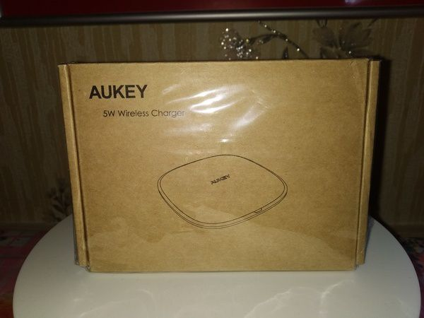 unboxing du chargeur sans fil par induction Qi 5 Watts - Aukey LC-C6 @ Tests et Bons Plans