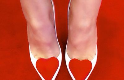 Perfect shoes for a perfect day 👠❤️ #valentinesday #love #thankyou ❤❤️ #weddingshoes ❤️ #LouboutinWorld #loubies #corafront  (à Boutique Christian Louboutin Grenelle)