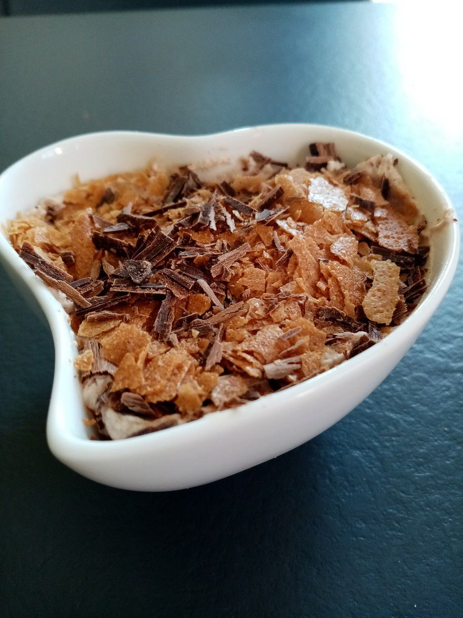 Mousse croustillante chocolat noisette de Cyril Lignac dans tous en cuisine