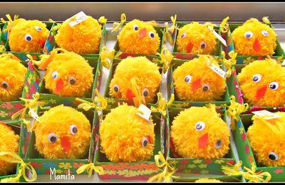 Boîte et poussin de Pâques