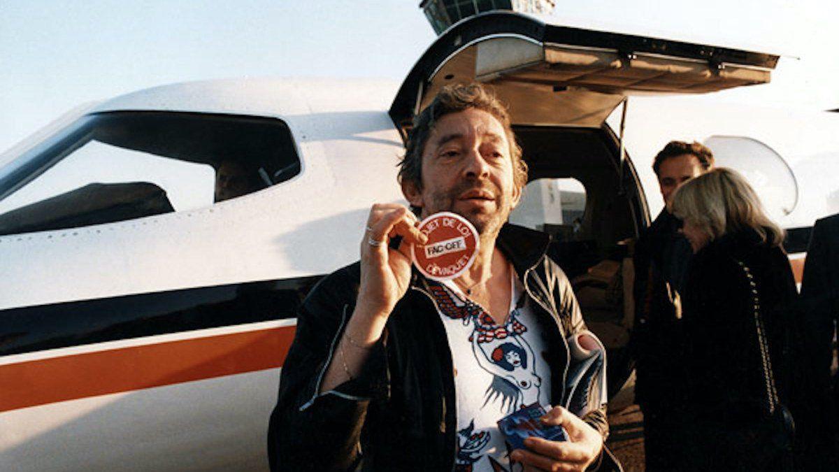 Serge Gainsbourg aka Gainsbarre est à l'honneur dans une exposition aux puces de Saint-Ouen, Gainsbourg, et caetera... au Marché Dauphine.
