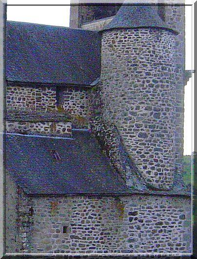 Diaporama église fortifiée de Sainte Geneviève sur Argence