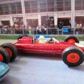 2-A PORSCHE F1 MAJORETTE 1/55 RAIL ROUTE - car-collector.net