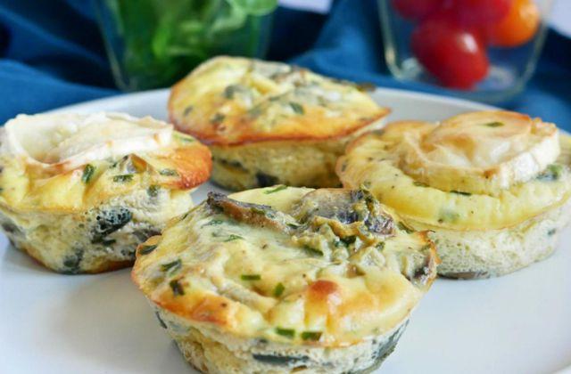Eggs muffins courgettes, champignons avec ou sans fromage de chèvre