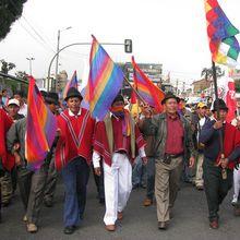 Ecuador: Se suspende Ley de Aguas. Fallo judicial ordena consultar a P. Indígenas