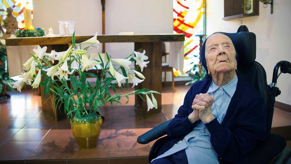 Sœur André, vice-doyenne des Français, fête ses 115 ans