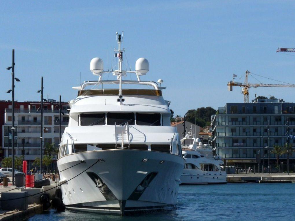 MYLO , a quai à la Seyne sur Mer le 17 Mai 2012