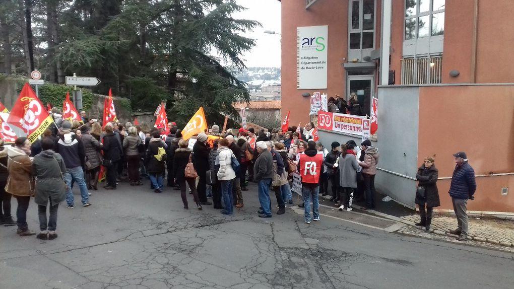 300 personnels des EHPAD à l'ARS au Puy-en-Velay
