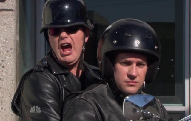 Critiques Séries : The Office. Saison 9. Episode 11. Suit Warehouse.