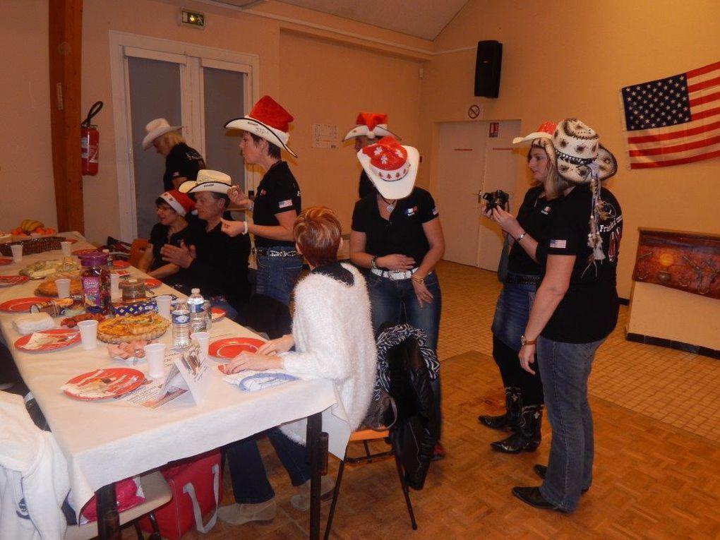 Très beau bal de Noël a Bellegarde chez nos amis des Friends of Country avec une nouvelle formule chacun apporte son panier repas