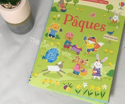 Princesse a découvert le livre usborne sur le thème de Pâques.