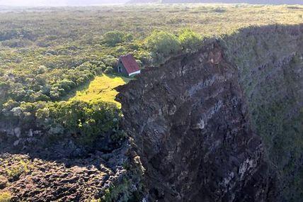 🔴Une partie de la paroi du Trou de fer s'est effondrée. Ce glissement de terrain est loin d'être le seul dans le département. On vous explique pourquoi sur l'article Réunion la 1ère ci-dessous ⤵
