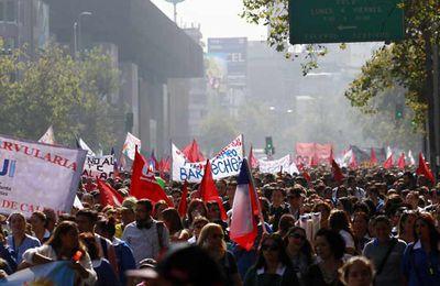 Les travailleurs de la santé organisent des grèves au Chili