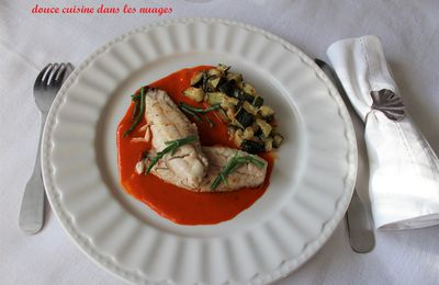Filets de rouget, coulis de poivron et courgette-citron confit