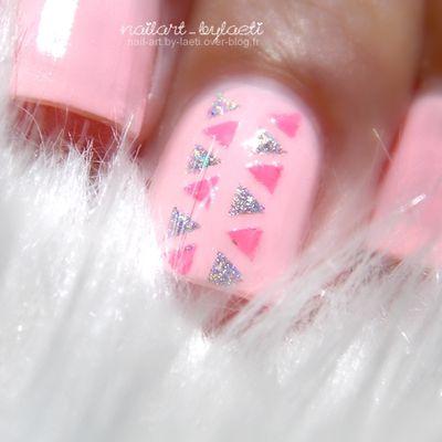 ❀ Des triangles avec les Pshiiit Stickers.