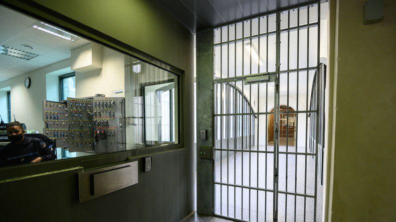Fourtillan, intervenant du documentaire Hold-Up, incarcéré pour essais thérapeutiques illégaux