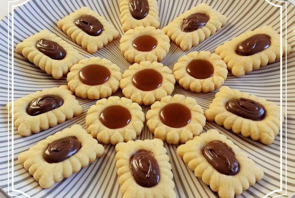 Tartelettes au chocolat rectangle et tartelettes coeurs au caramel au beurre salé