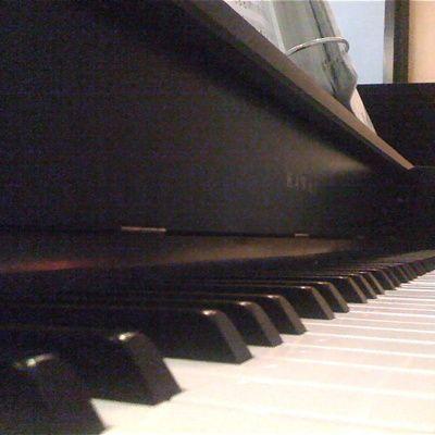 Apprendre à jouer du piano(adresses, astuces, bons plans, conseils)